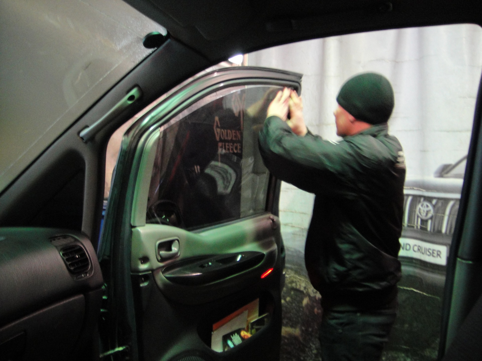 тонировка автостекл в новосибирске